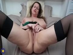 Watch romantic video category sex_toys (269 sec). Amazing! Mature with big saggy tits and pussy!.