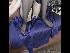 Nice seductive video category cam_porn (582 sec). Brunette fingers her pussy on webcam.